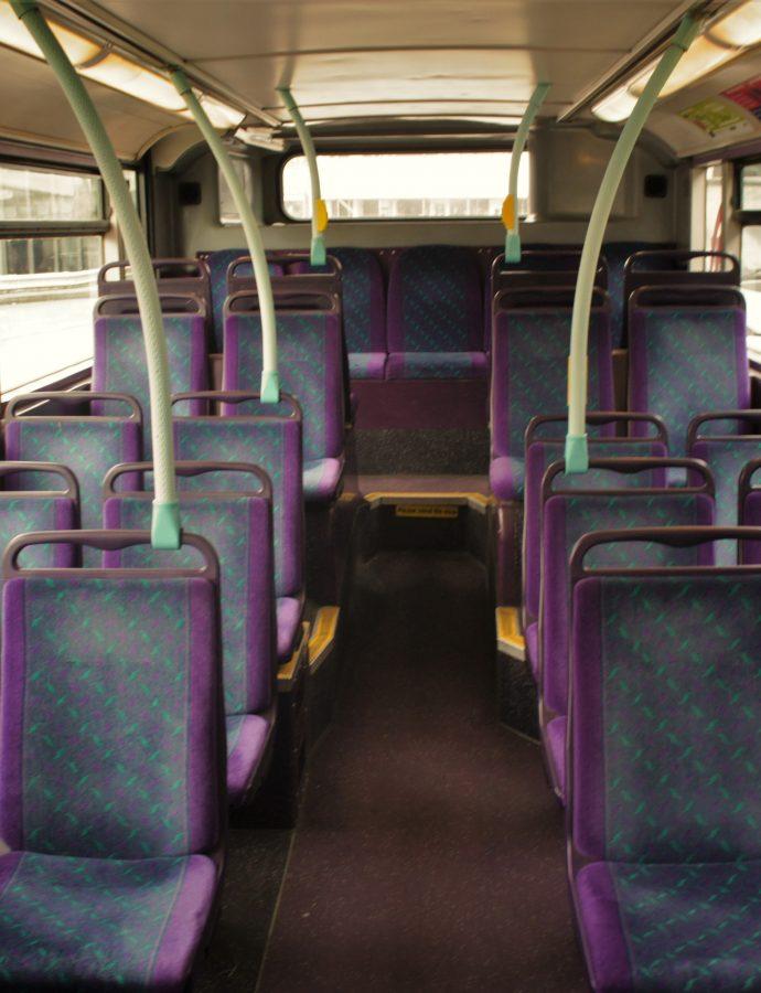 Czerwony autobus przez ulice mego miasta mknie? – czyli komunikacja miejska w Manchesterze