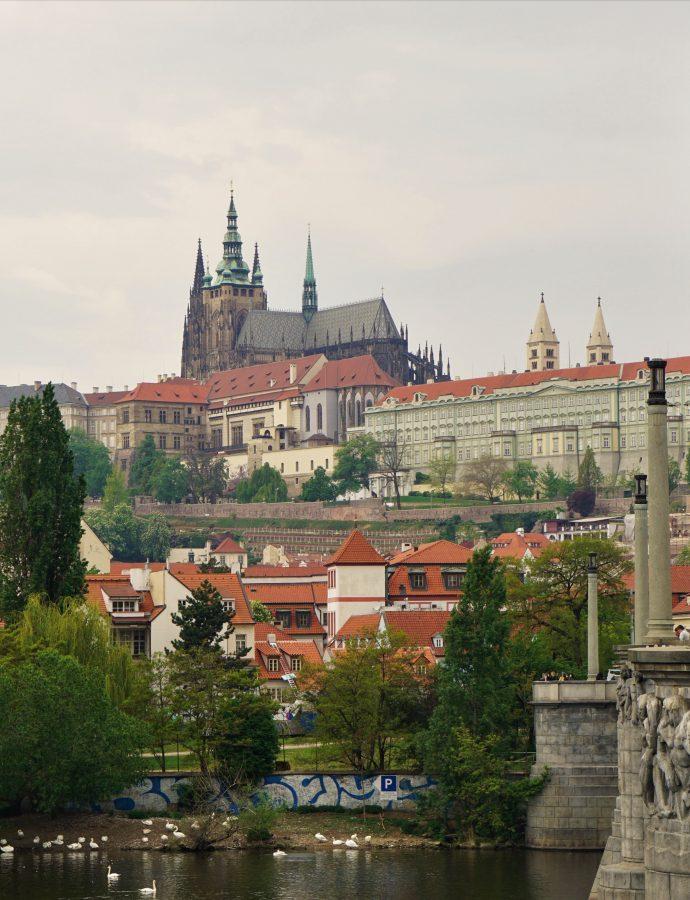 Zabytkowy zawrót głowy – czyli jak nie spędzić całego pobytu w Pradze na Hradczanach