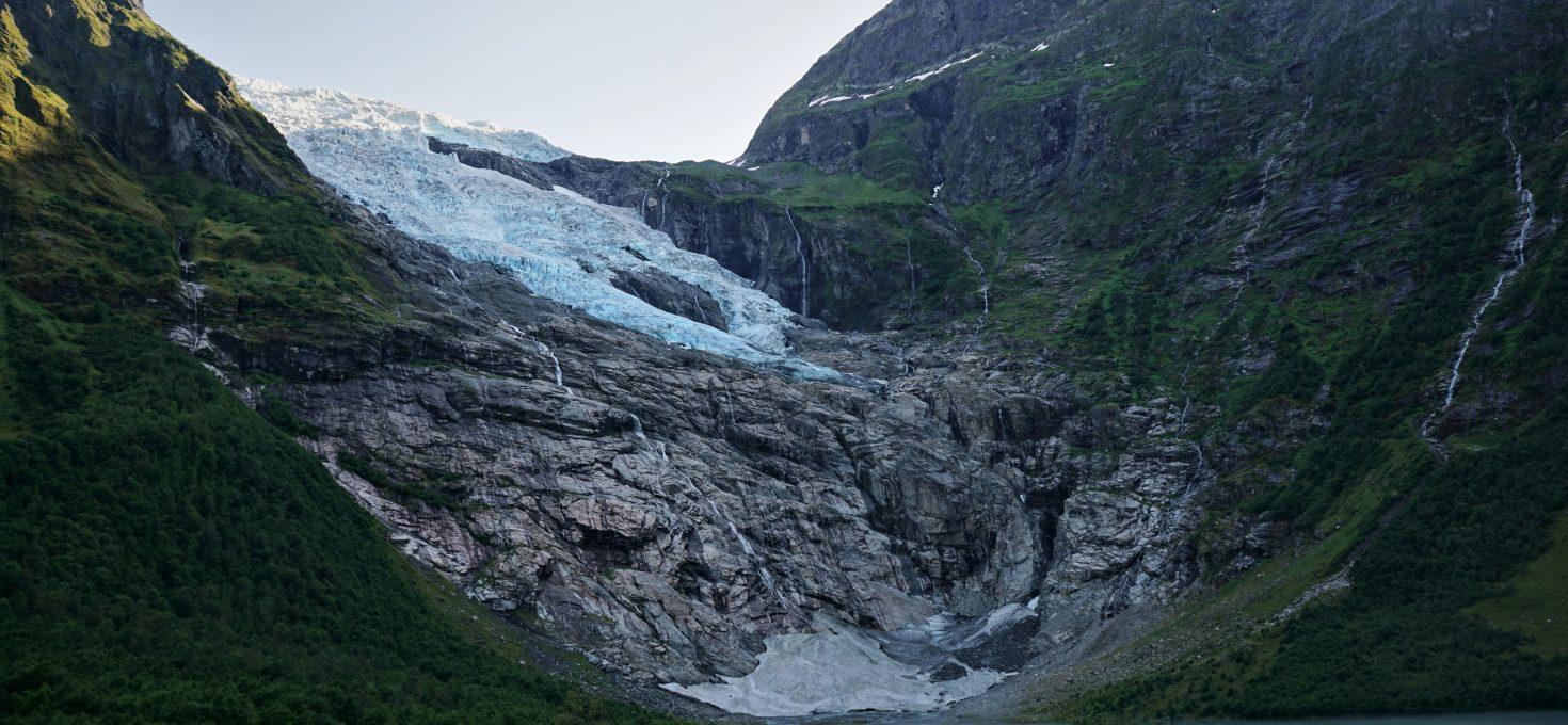 Epoka lodowcowa w środku lata – czyli lodowiec Jostedalsbreen i muzeum lodowcowe