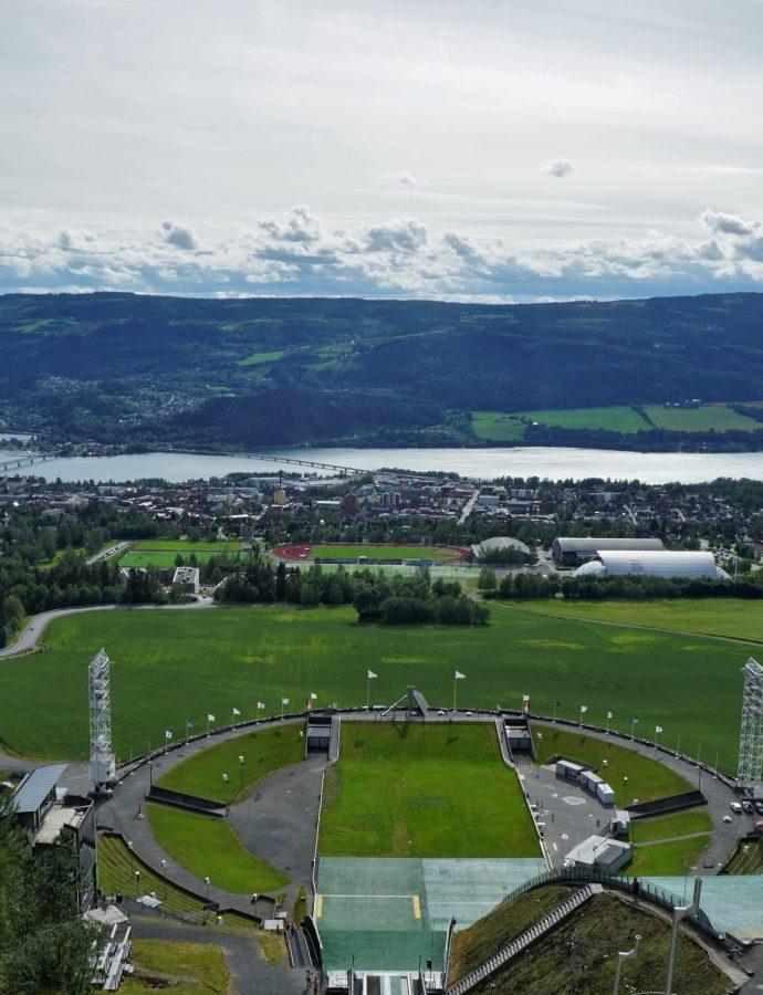 """Co ma skoczek do sera? – czyli o dolinie Gudbrandsdalen i Lillehammer<h4><img src=""""http://nastepnyprzystanek.pl/wp-content/uploads/2021/01/Kalendarz-ikona.png"""" style=""""width: 30px""""> lipiec 2019</h4>"""