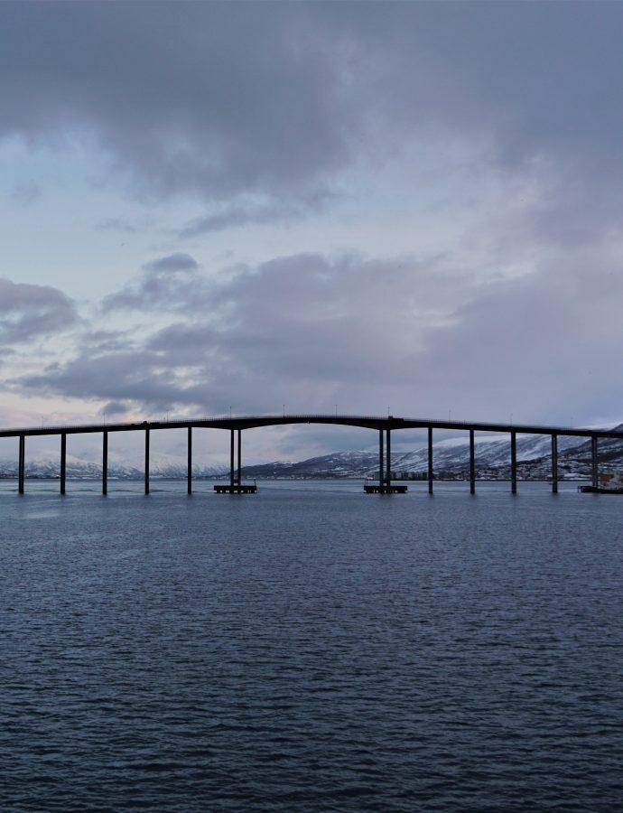 """Czy Tromsø da się zwiedzić w jeden dzień? – czyli aktywny spacer po """"Bramie Arktyki""""<h4><img src=""""http://nastepnyprzystanek.pl/wp-content/uploads/2021/01/Kalendarz-ikona.png"""" style=""""width: 30px""""> luty 2020</h4>"""